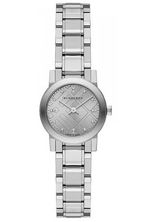 Ladies 'New Classic' Diamond Dial Bracelet Watch 26mm
