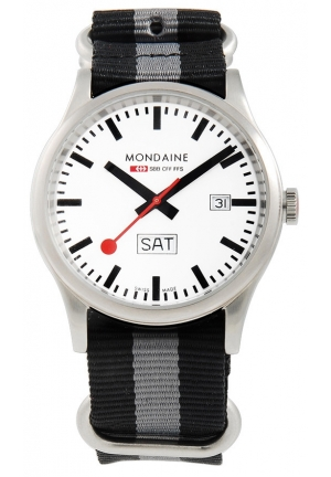 Mondaine Sport Day Date Limited Edition 41 mm