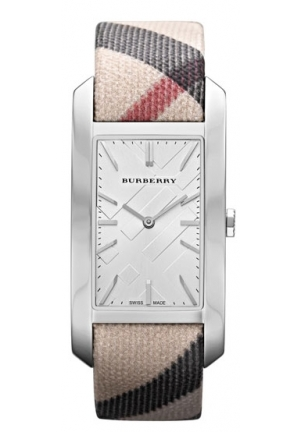 Burberry Women's Heritage Nova Check Strap Watch