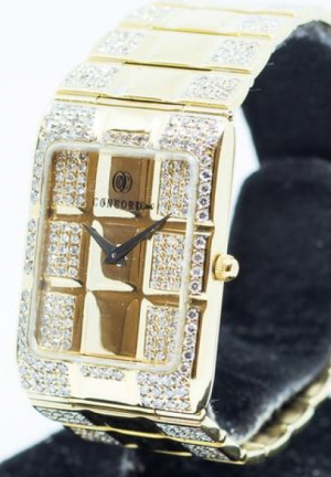 Concord Vintage in 18K Yellow Gold Diamonds